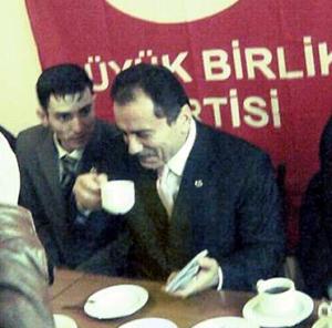ESKİ BAŞKAN KARARA TEPKİ GÖSTERDİ!