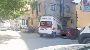 DÜZENSİZ PARK AMBULANSI ZORA SOKTU