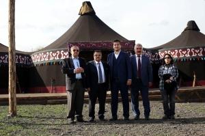 BAŞKAN YAĞCI'DAN 'DİRİLİŞ ERTUĞRUL' SETİNE ZİYARET