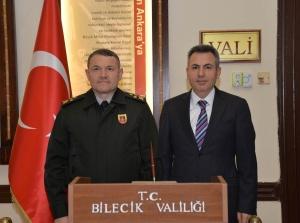 KORGENERAL LAPANTA'DAN VALİ ELBAN'A ZİYARET