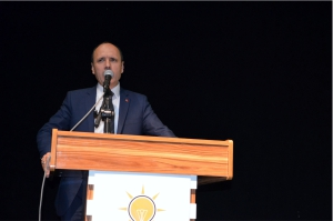 MESUT ÇETİN, CHP'Yİ TOPA TUTTU!