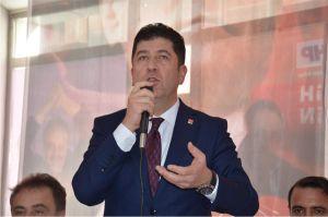 MV. TÜZÜN, BELEDİYE BAŞKANINI TOPA TUTTU!