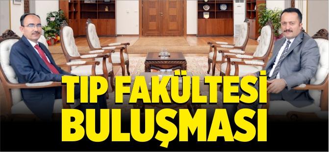 VALİ ŞENTÜRK'TEN TIP FAKÜLTESİ ZİYARETİ