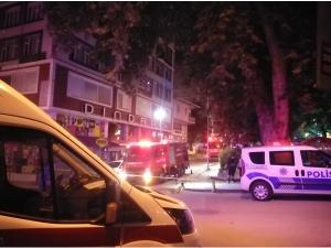 8 katlı binanın çatısında yangın çıktı!