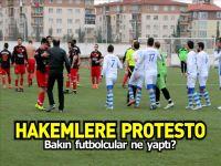 HAKEMLER PROTESTO EDİLDİ