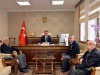 ŞEHİT VE GAZİ AİLELERİ DERNEĞİ'NDEN VALİ BÜYÜKAKIN'A ZİYARET