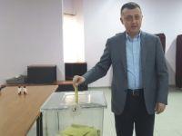 VALİ, OYUNU HUZUREVİ'NDE KULLANDI