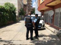 ANNESİNİ REHİN ALDI, POLİSLERE ATEŞ AÇTI