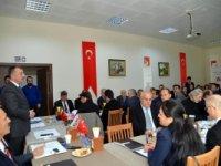 'ÜNİVERSİTE VE SANAYİ BİRLEŞİRSE KAZANIRIZ'