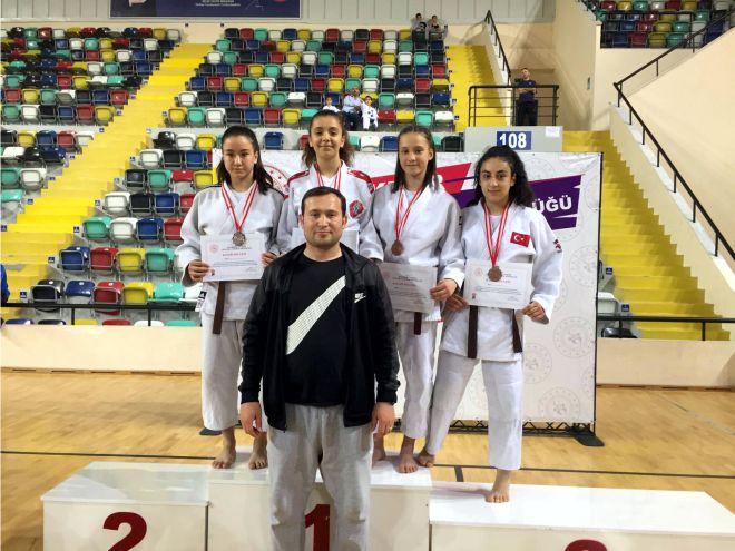 judocular-basarilarina-yenilerini-ekliyor3.jpg