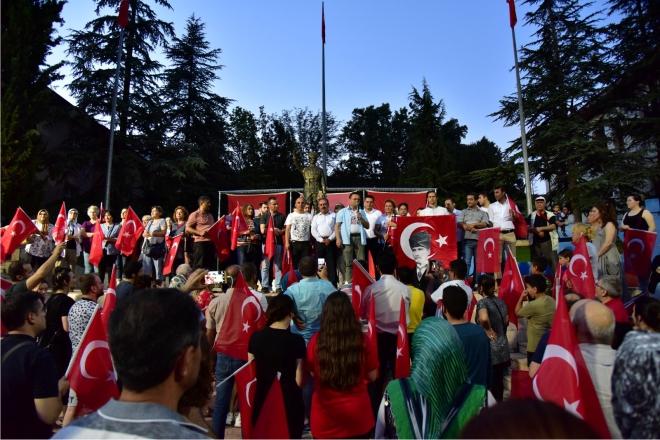 millet-ittifaki-istanbul-secimlerini-kutladi3.jpg