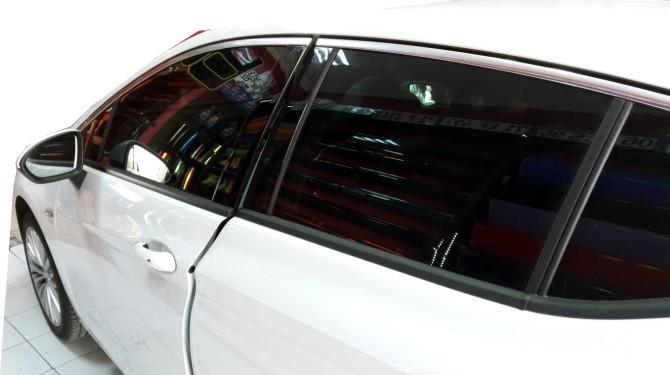 otomobillerde-cam-filmi-serbest-mi2.jpg