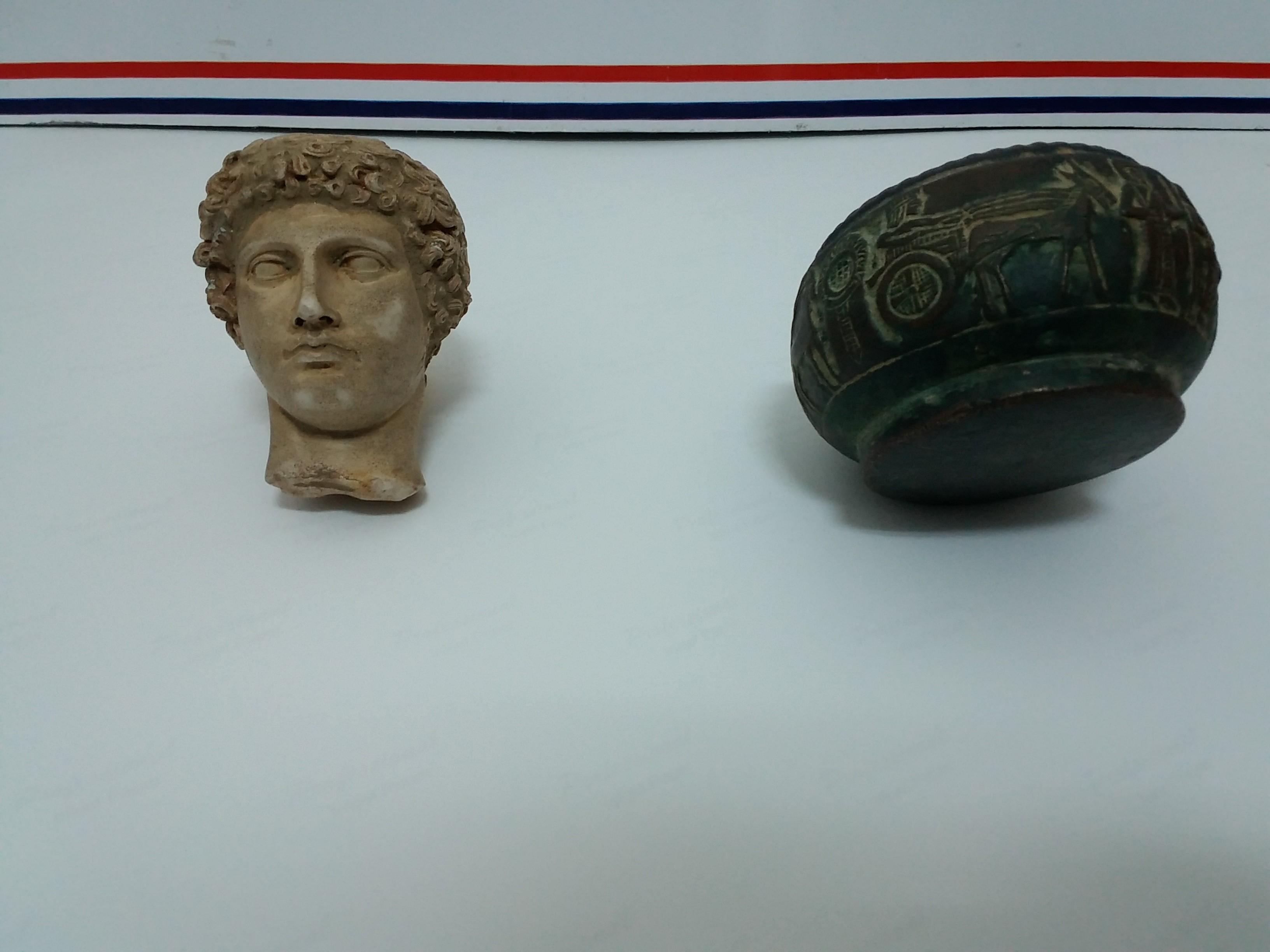 roma-ve-hitit-donemine-ait-tarihi-eserler-ele-gecirildi4.jpg