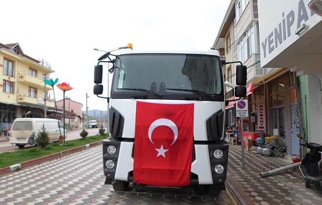 yenipazar-arac-filosuna-yol-supurme-kamyonu-ekledi1.jpg